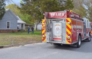 Fire - Selma, 04-15-15JT